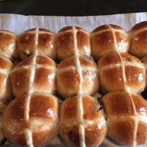 Hot Cross Buns – Available For Easter Only!